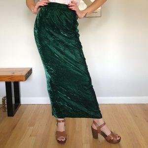 Vintage hunter green crushed velvet maxi skirt